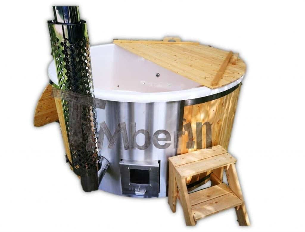 badezuber aus l rche mit integrierter ofen wellness deluxe. Black Bedroom Furniture Sets. Home Design Ideas