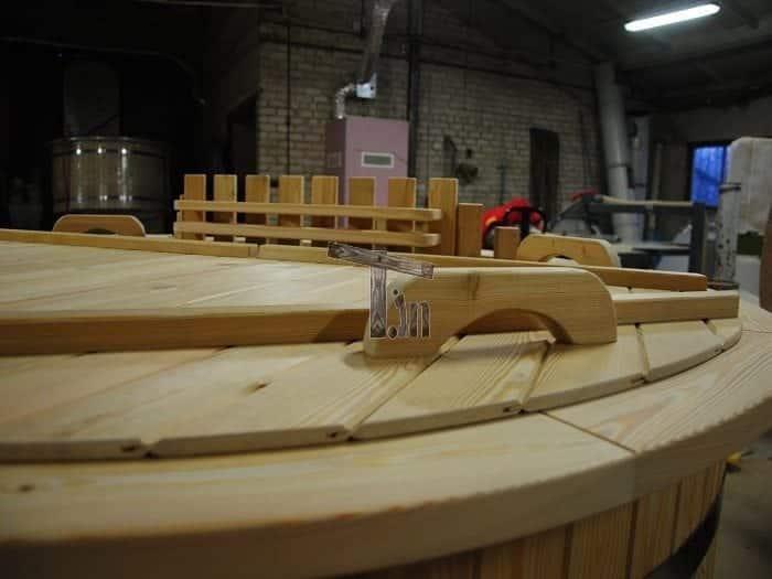 Montage Der Holzdecke 1