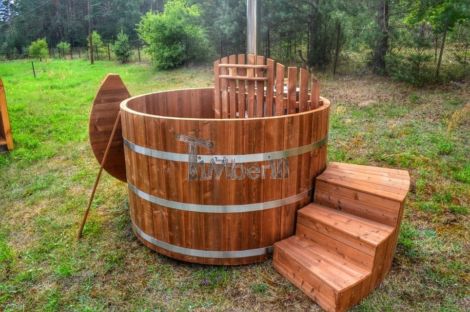 badezuber aus thermoholz mit jacuzzi kaufen timberin. Black Bedroom Furniture Sets. Home Design Ideas
