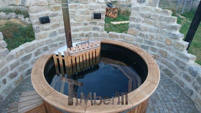 Michael-Kling-Nattheim-Deutschland-Platz-für-das-Badefass-ist-nun-fertig-3-700x394 Badefass mit Kunststoff mit Innenofen, Nattheim, Deutschland