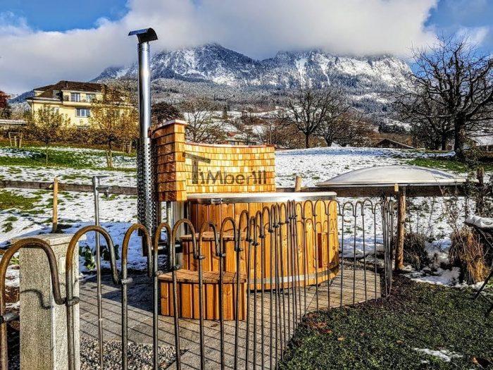 Badefass-gfk-Thermoholz-mit-integriertem-Ofen-Wellness-Royal-David-Schwyz-Schweiz-2-700x525 Badefass gfk Thermoholz mit integriertem Ofen Wellness Royal, David, Schwyz, Schweiz
