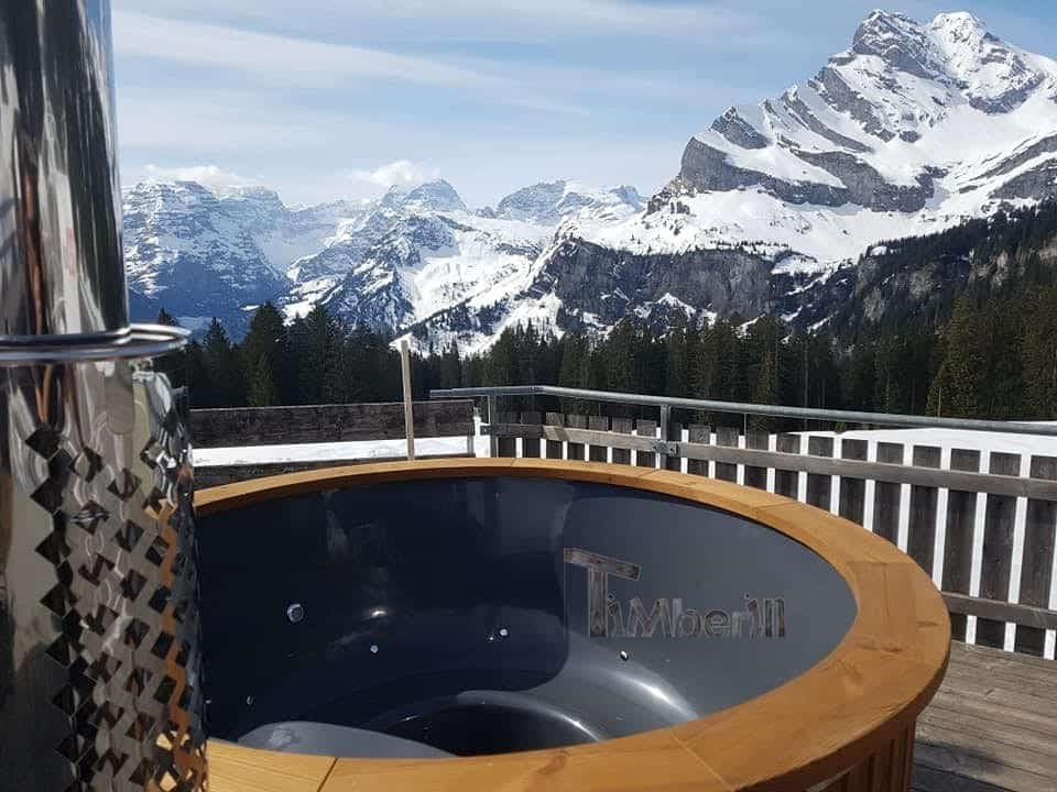 Badefass-gfk-Thermoholz-mit-integriertem-Ofen-Wellness-Royal-Sven-Kleinwangen-Schweiz-6 Bewertungen - Erfahrung TimberIN