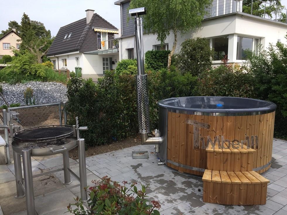 Badefass-gfk-Thermoholz-mit-integriertem-Ofen-Wellness-Royal-Beni-Magden-Schweiz-4 Bewertungen - Erfahrung TimberIN