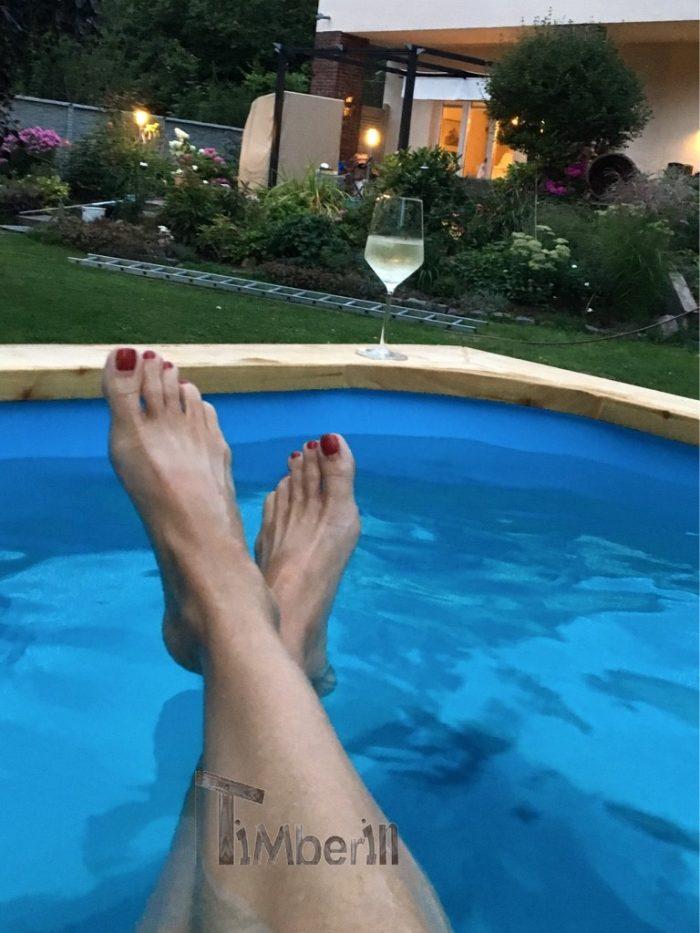 Badetonne-eckig-Micro-Pool-für-16-Personen-Suzanne-Falkensee-Deutschland-6-700x933 Badetonne eckig Micro Pool für 16 Personen, Susanne, Falkensee, Deutschland