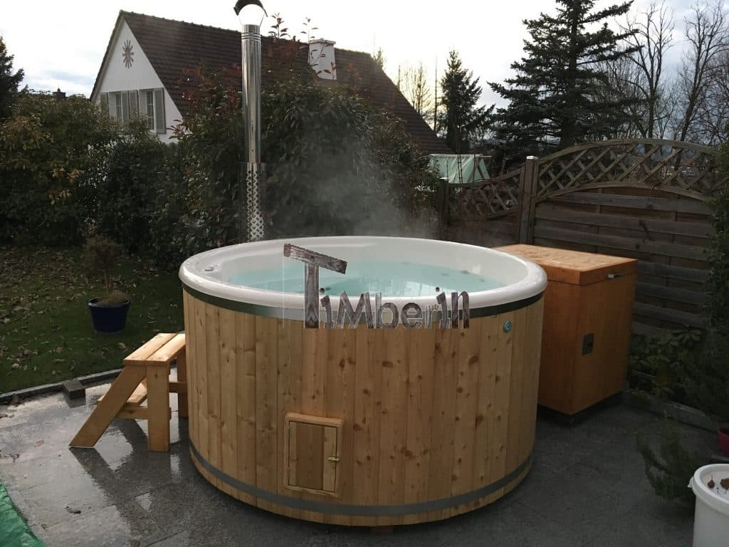 Badezuber-GFK-Lärche-mit-integriertem-Ofen-Wellness-Deluxe-Renné-Möhlin-Schweiz-1 Bewertungen - Erfahrung TimberIN
