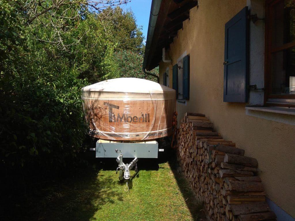 Badefass-gfk-Thermoholz-mit-integriertem-Ofen-Wellness-Royal-Roman-Inning-am-Ammersee-Deutschland-1 Bewertungen - Erfahrung TimberIN
