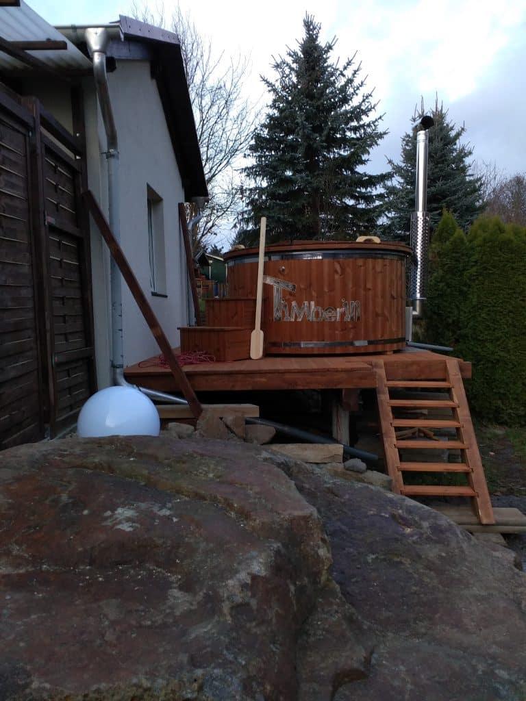 Badefass-gfk-Thermoholz-mit-integriertem-Ofen-Wellness-Royal-Mirko-Hainewalde-Germany-scaled Bewertungen - Erfahrung TimberIN