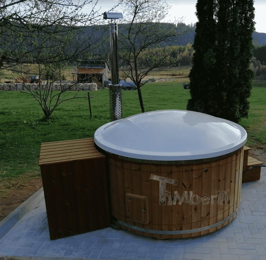 Badefass-gfk-Thermoholz-mit-integriertem-Ofen-Wellness-Royal-Simon-Schluchsee-Deutschland Bewertungen - Erfahrung TimberIN