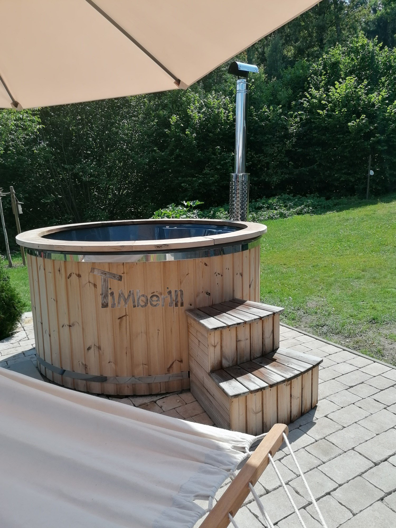 Badefass-gfk-Thermoholz-mit-integriertem-Ofen-Wellness-Royal-Paula-Sonnefeld-Deutschland-1 Bewertungen - Erfahrung TimberIN