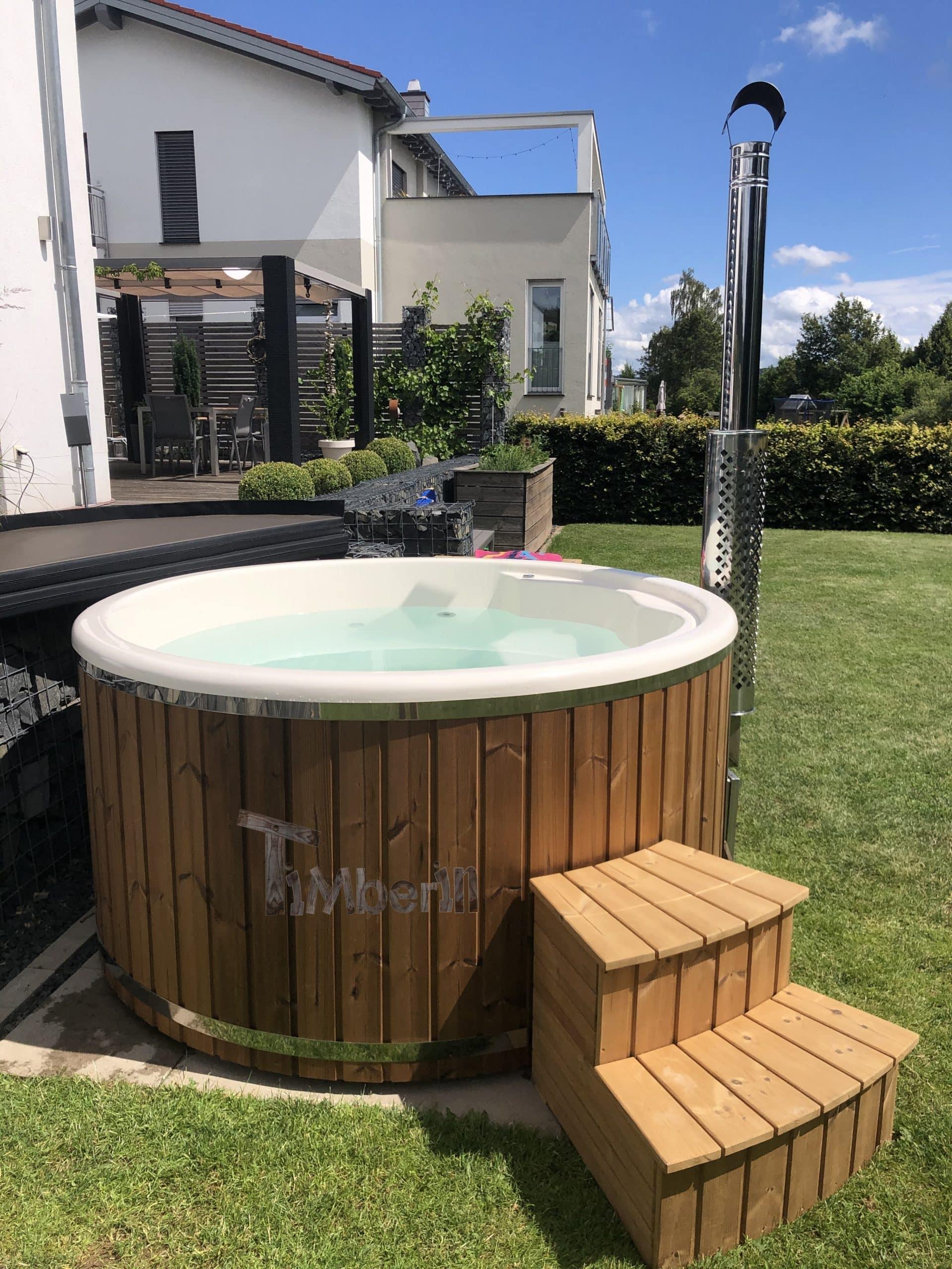 Badefass-gfk-mit-Whirlpool-Wellness-Royal-Jessica-Flieden-Deutschland-2-scaled Bewertungen - Erfahrung TimberIN