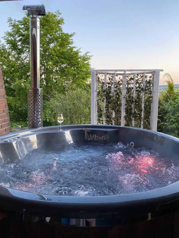 Badefass Gfk Mit Whirlpool Wellness Royal, Sina, Dassel, Deutschland (1) (1)