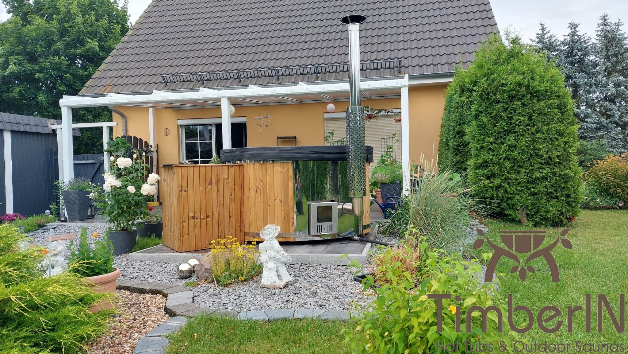 Badezuber Badefass Hot Tube mit Whirlpool Holzofen TimberIN Rojal Mario Sarmstorf Deutschland 3
