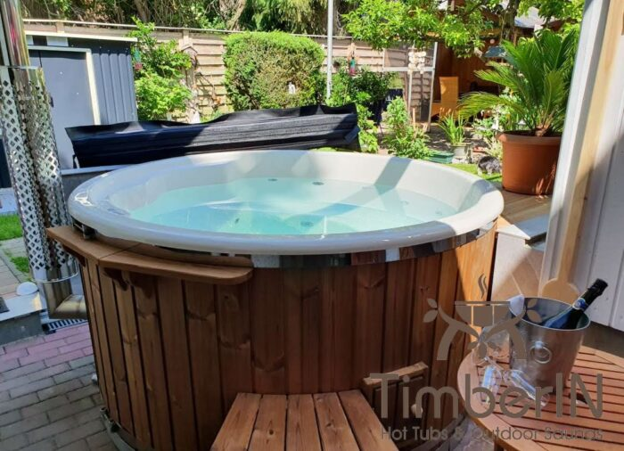 Badezuber Badefass Hot Tube Mit Whirlpool Holzofen (2)