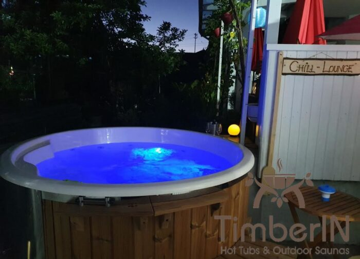 Badezuber Badefass Hot Tube Mit Whirlpool Holzofen (4)