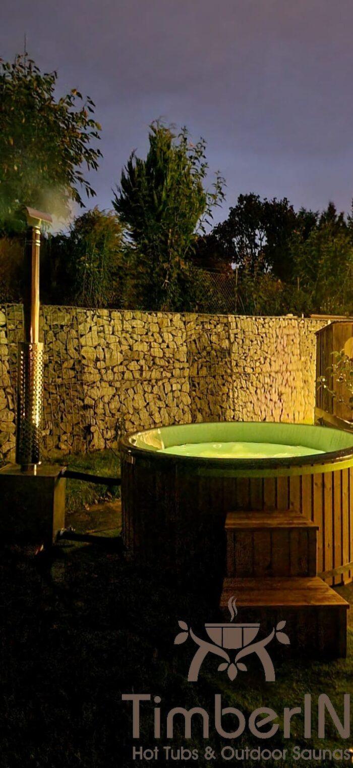 Badezuber Badefass Hot Tube Mit Whirlpool Holzofen – TimberIN Rojal (1)
