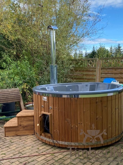 Badezuber Badefass Hot Tube Mit Whirlpool Holzofen – TimberIN Rojal (2)